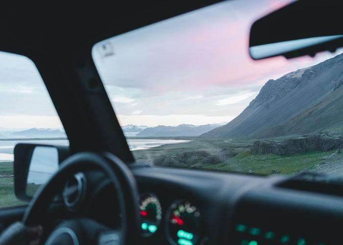 Interior campervan en Islandia