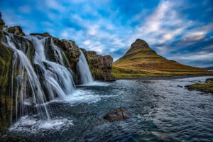 cascada Kirkjufellsfoss snaefellsnes